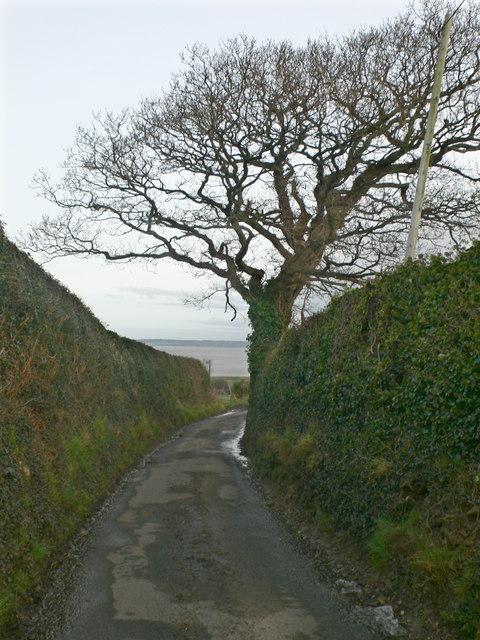 Isglan Road