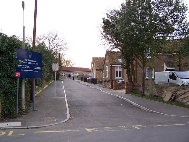 Entrance to Lower Halstow Primary School