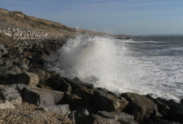 Barton on Sea: white water