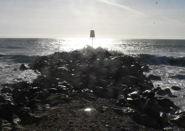 Barton on Sea: groyne