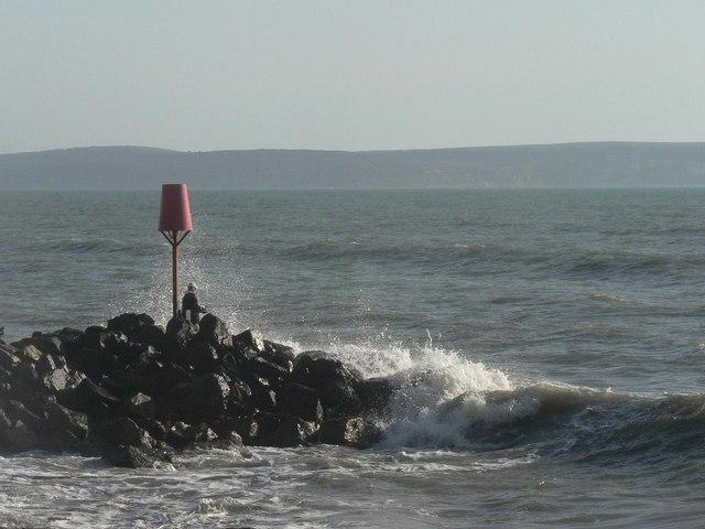 Barton on Sea: fishing precariously