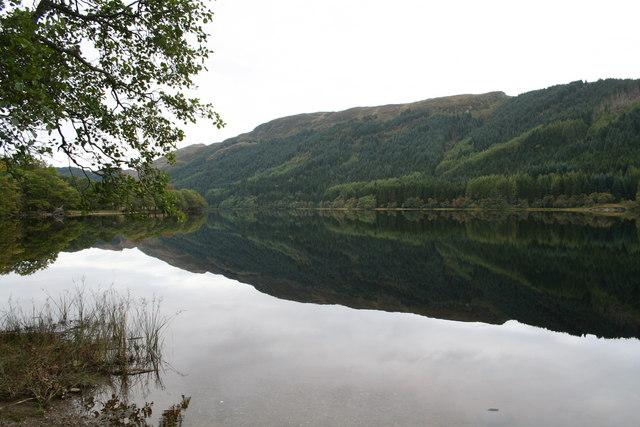 Still waters on Loch Chon