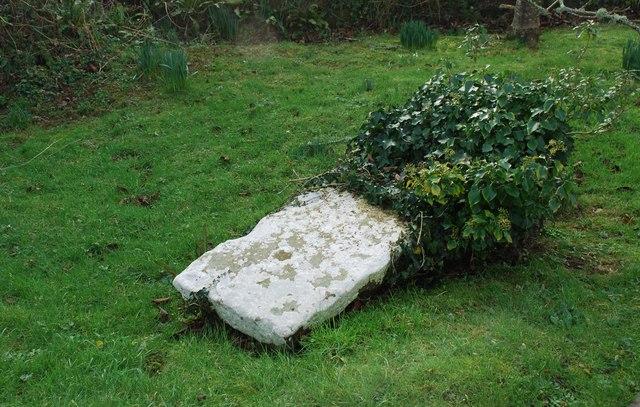 Hen Fedd? Old Grave?