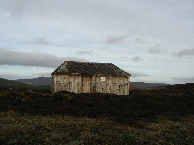 Hut just east of Hill of Cummerton