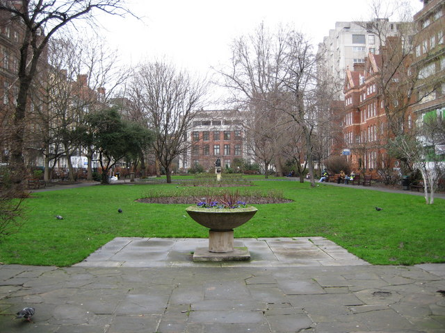 Bloomsbury: Queen Square, WC1