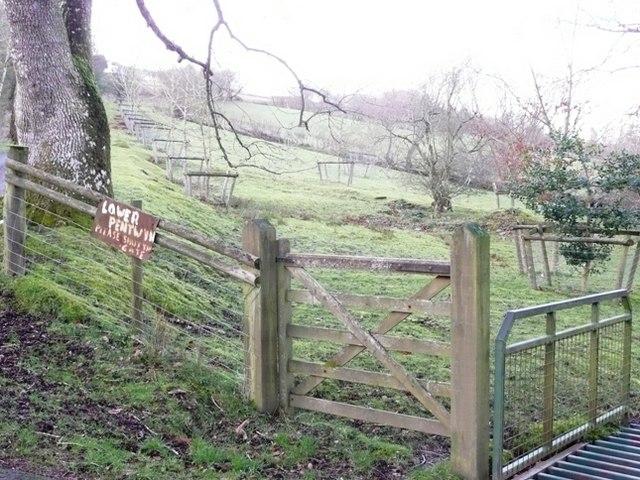 Entrance to Lower Pentwyn