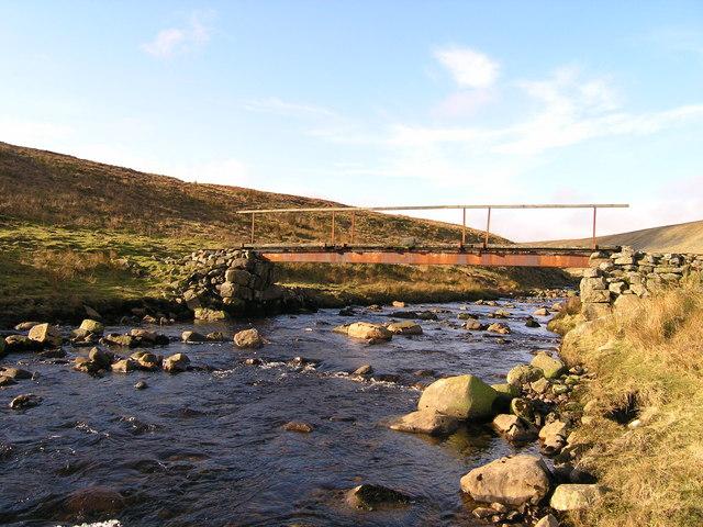 Footbridge over Long Grain Beck