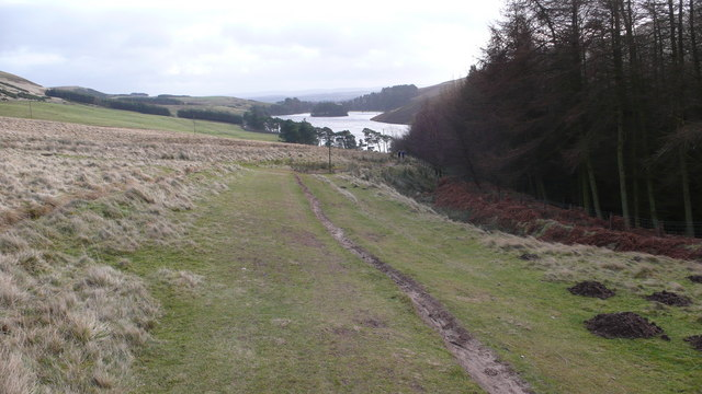 Path descending to Glencorse