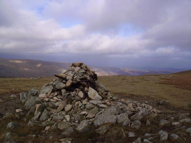 Summit Cairn, Harter Fell