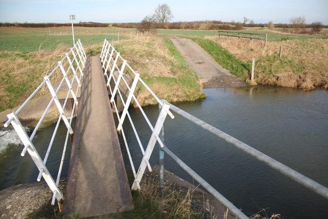 Fallow Lane footbridge