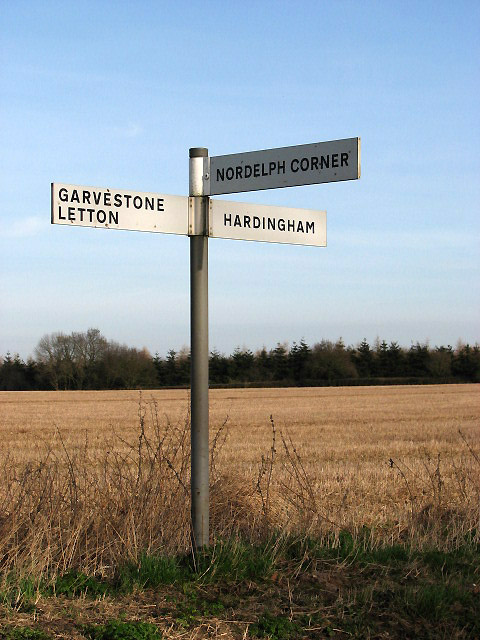 This way to Nordelph Corner