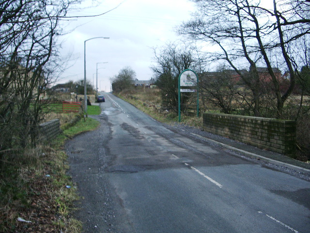 Entering Blackburn (Parsonage Road)