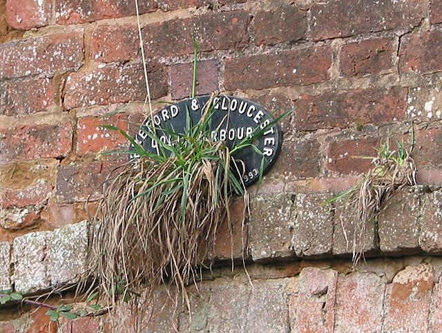 Plaque on Cold Harbour Bridge