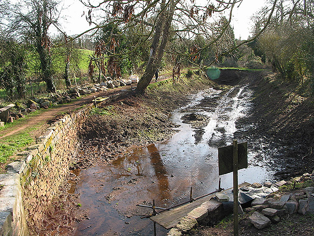 Canal restoration work in progress below House Lock