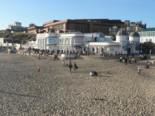Bournemouth: beach, Oceanarium, BIC