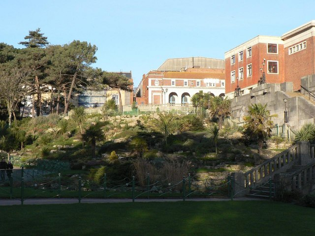 Bournemouth Gardens: rockery in front of Westover Road