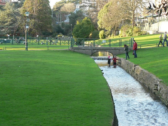 Bournemouth Gardens: fun in the stream