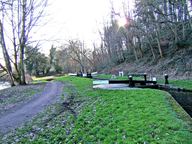 Towpath looking south at Falling Sands Lock, Staffs & Worcs Canal