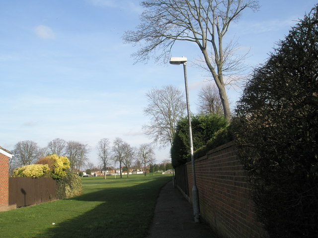 Pathway from The Fox and Castle to the Recreation Ground