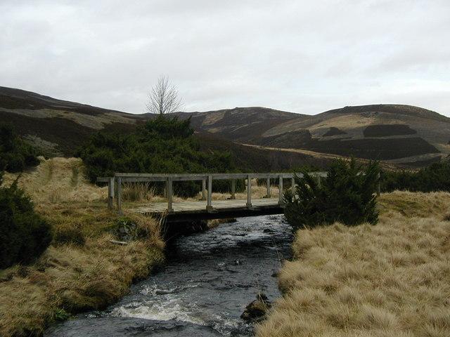 Bridge over Ernan Water