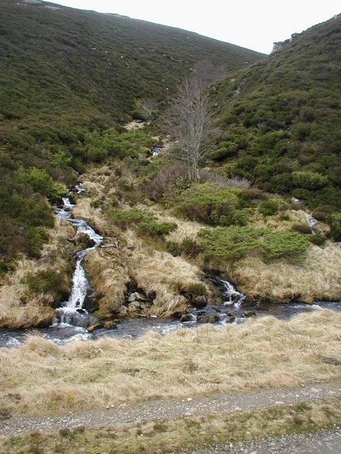 View up a burn that runs into Ernan Water