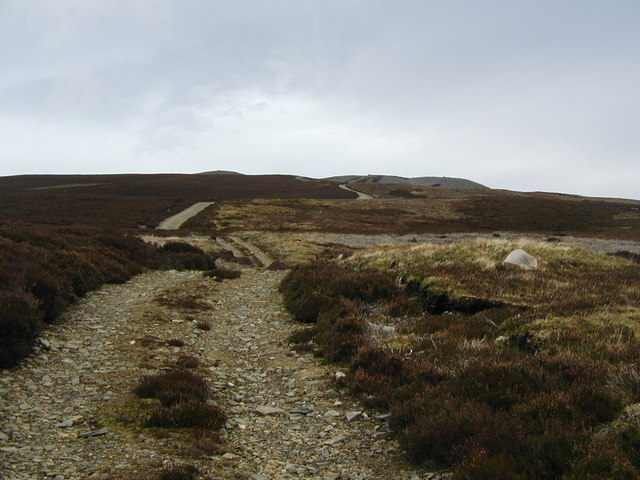 Track heading up Sgor Gorm