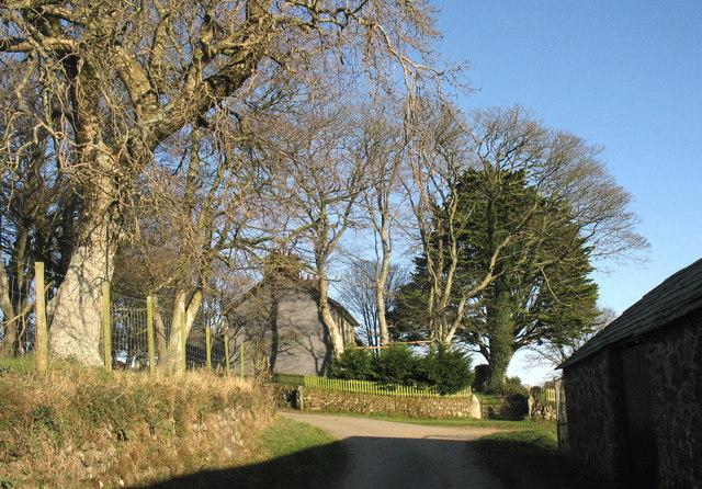Gwnhinger Farmhouse