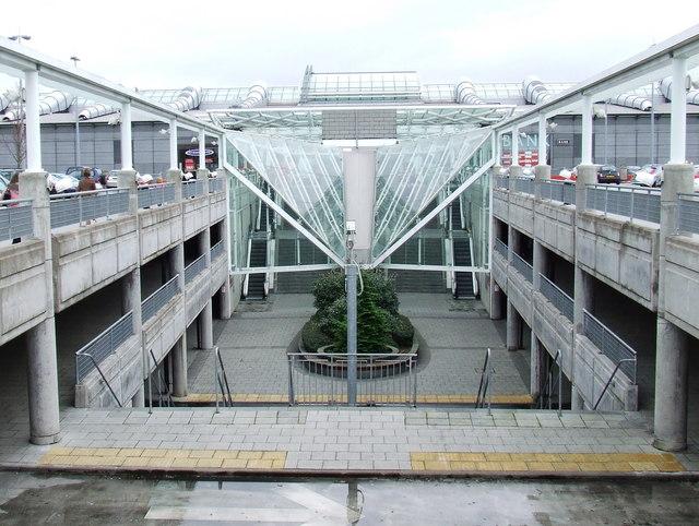 Concrete concourse