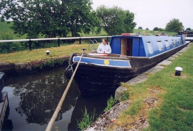 Marsworth lock 37