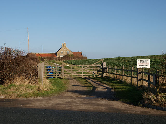 Entrance to Knowles Farm