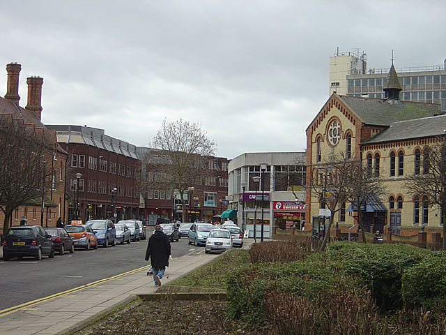 City Road looking towards Hereward Cross