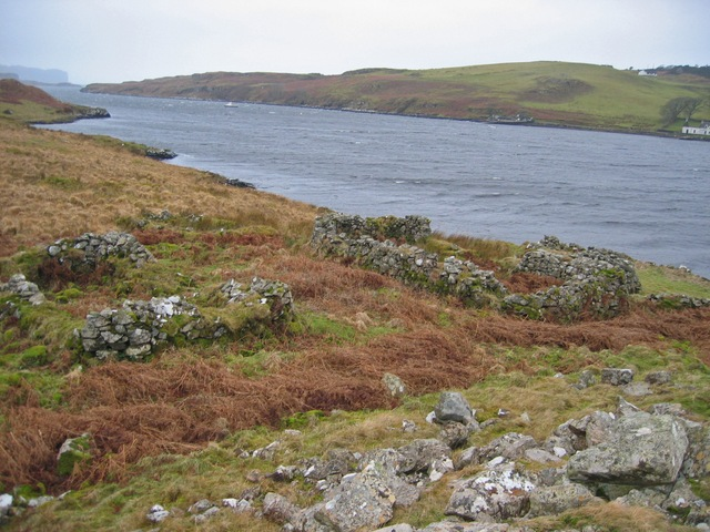 Ruins on the south shore of Loch Beag