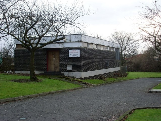 Disused Red Cross building, Dalmuir