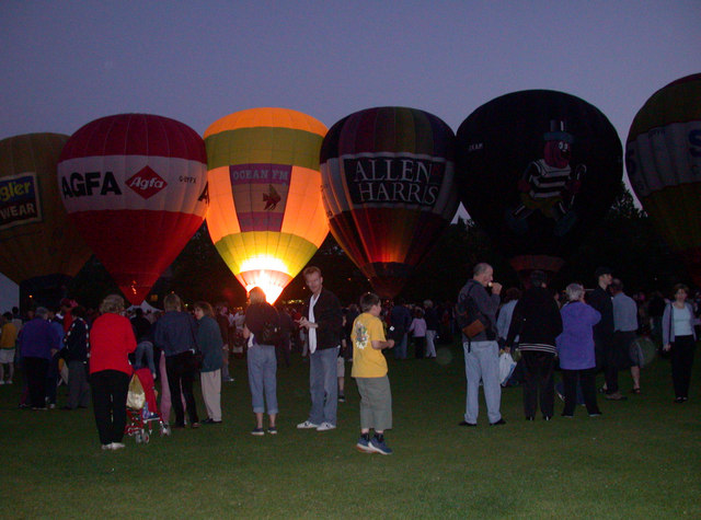 Glow of balloons, Parker's Piece