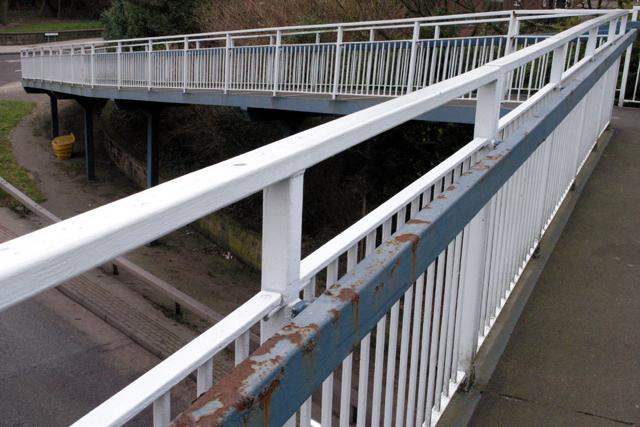 Bramcote Roundabout footbridge (1)