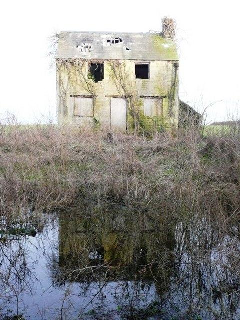 Eysey Lock Cottage
