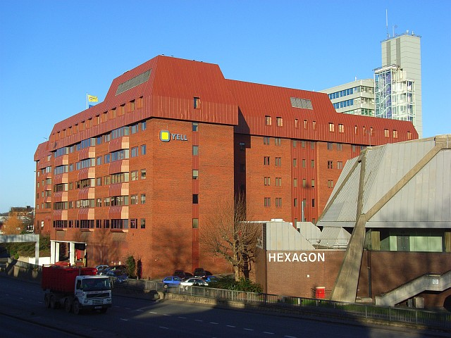 Offices and the Hexagon, Reading