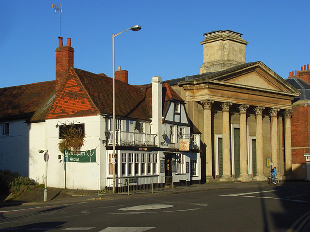 The Sun  Inn and St Mary's Chapel, Reading
