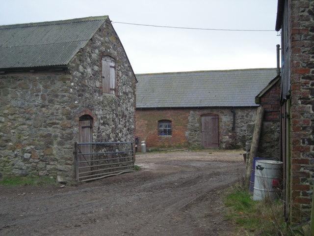 Kinnerton Farm buildings