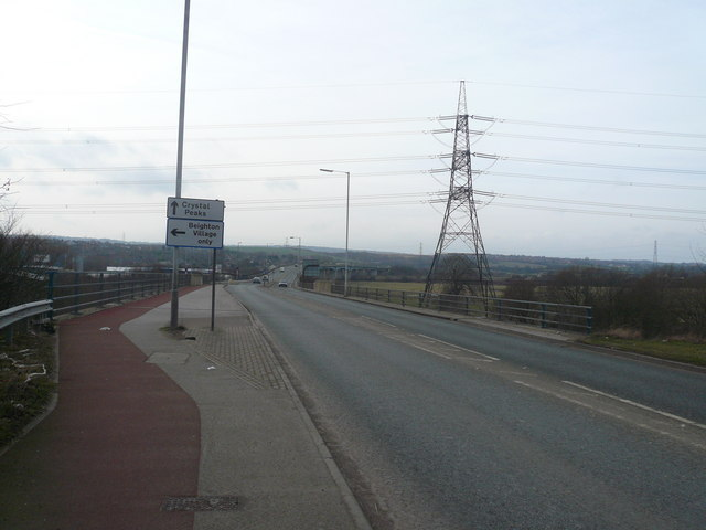 A57, Signposts and Pylons