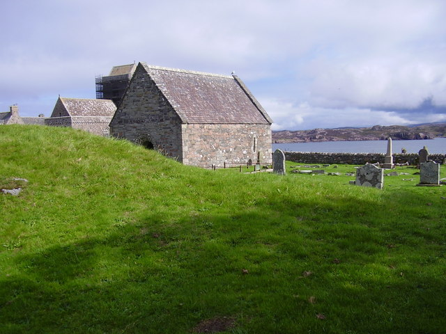 Chapel and mound - the burial place of Kings on Iona