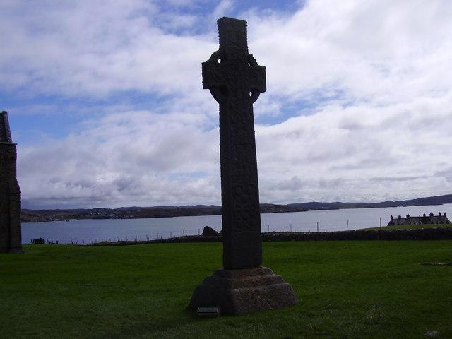 Iona - an ancient Celtic Cross