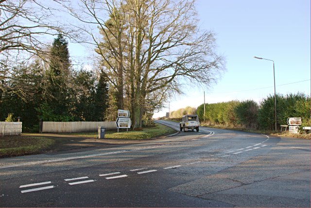 Junction of Cockshut Lane, Robinsons Hill and The Common