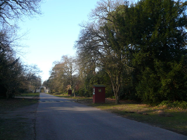 Clumber Park - Truman's Lodge and Checkpoint