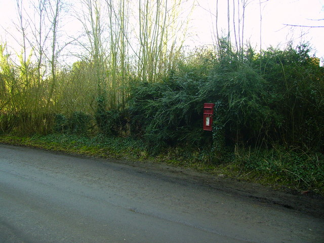 Bullington - Post Box