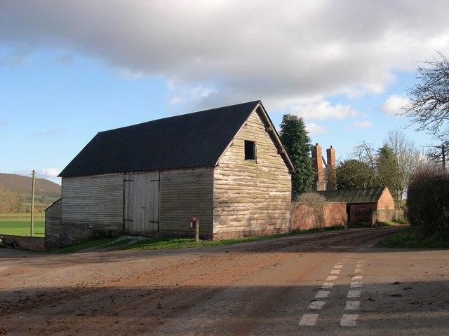 Timber barn, Upper Derndale