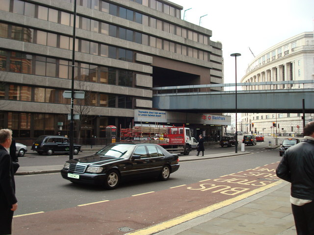 Blackfriars Station, Queen Victoria Street