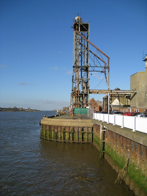 Unloading tower at Mill Fleet Barrage