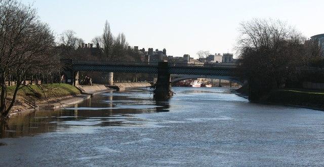 Downriver to Scarborough Bridge