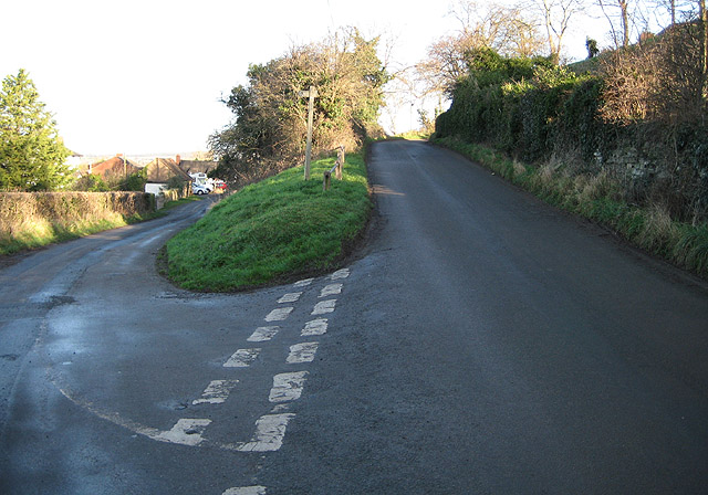 Tight bend in Prior's Frome